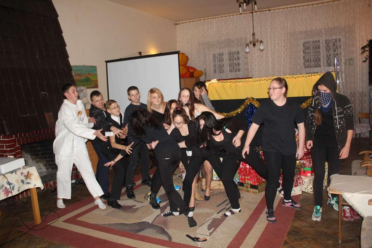 2014-gwiazdkowa-niespodzianka-4